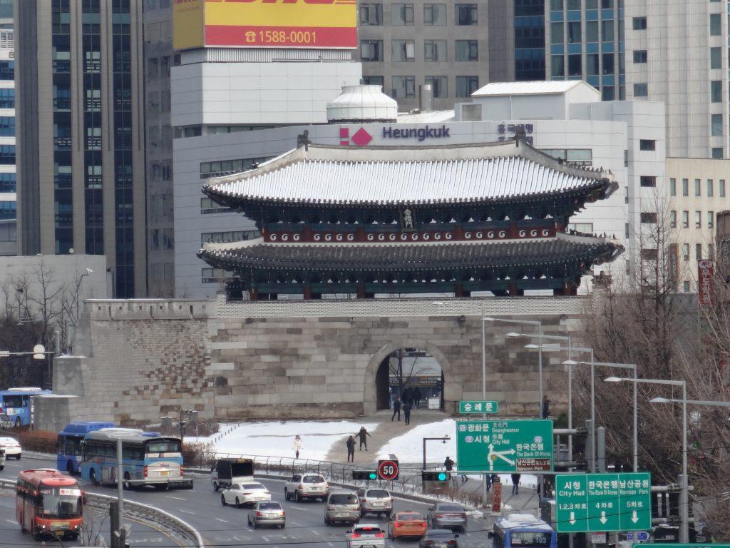 南大門 ソウル路から見える