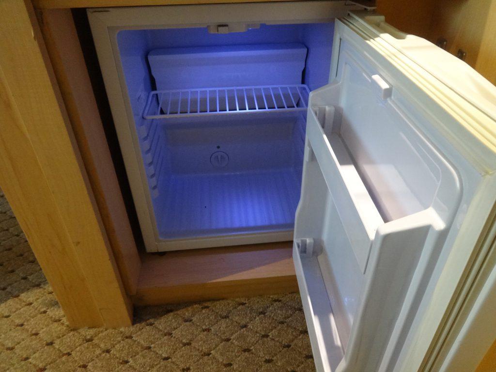 冷蔵庫 ホテルべニューg