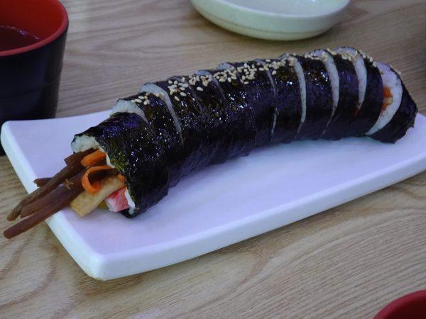 釜山 西面 24時間営業 食堂 キンパ
